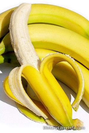 Bananas contain soluble fiber